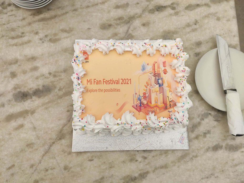 Xiaomi anniversary cake